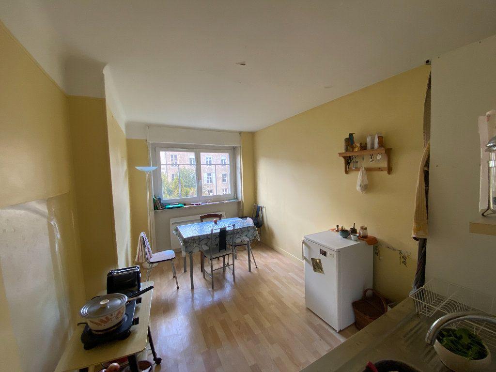 Appartement à louer 2 34m2 à Nancy vignette-4