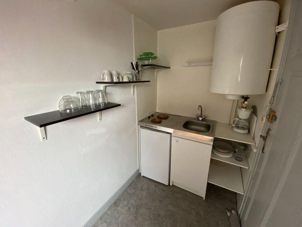 Appartement à louer 1 16m2 à Vandoeuvre-lès-Nancy vignette-3