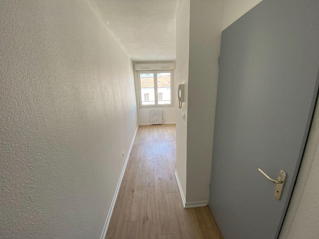 Appartement à louer 2 31m2 à Nancy vignette-6