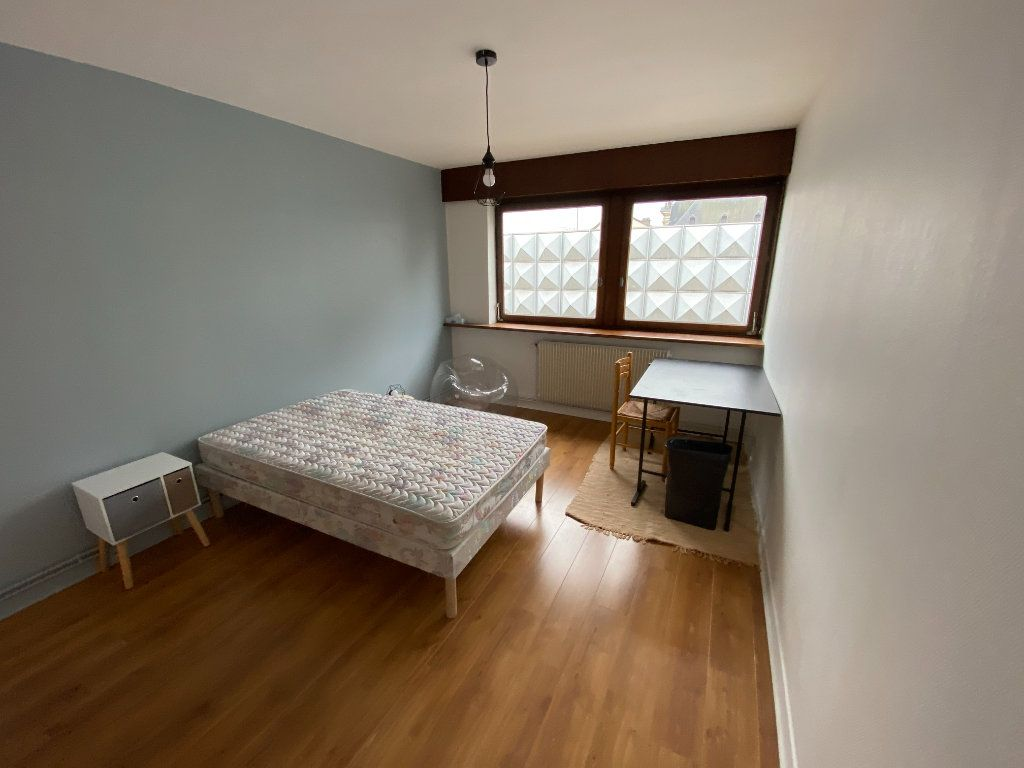 Appartement à louer 3 72m2 à Nancy vignette-7