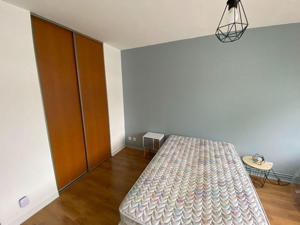 Appartement à louer 3 72m2 à Nancy vignette-8