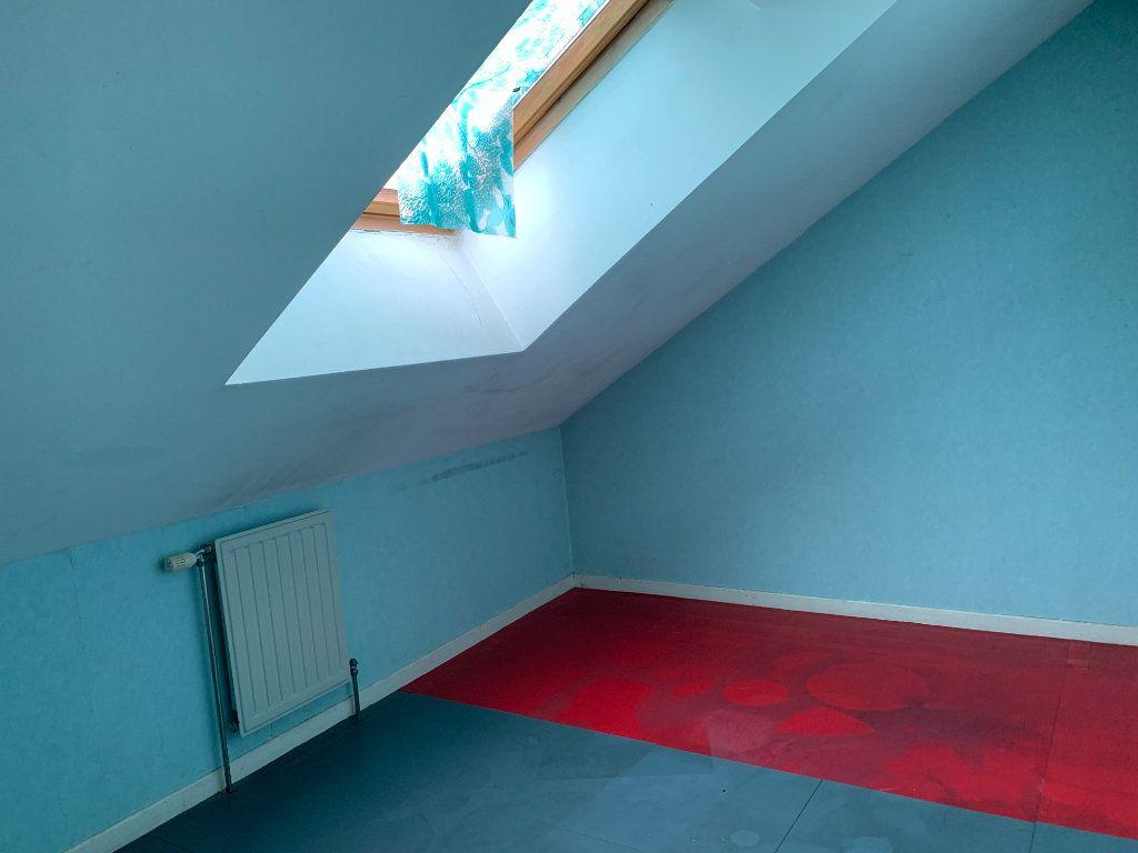 Appartement à louer 4 80m2 à Sainte-Marguerite vignette-2