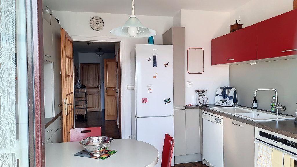 Appartement à vendre 4 93.29m2 à Thonon-les-Bains vignette-5