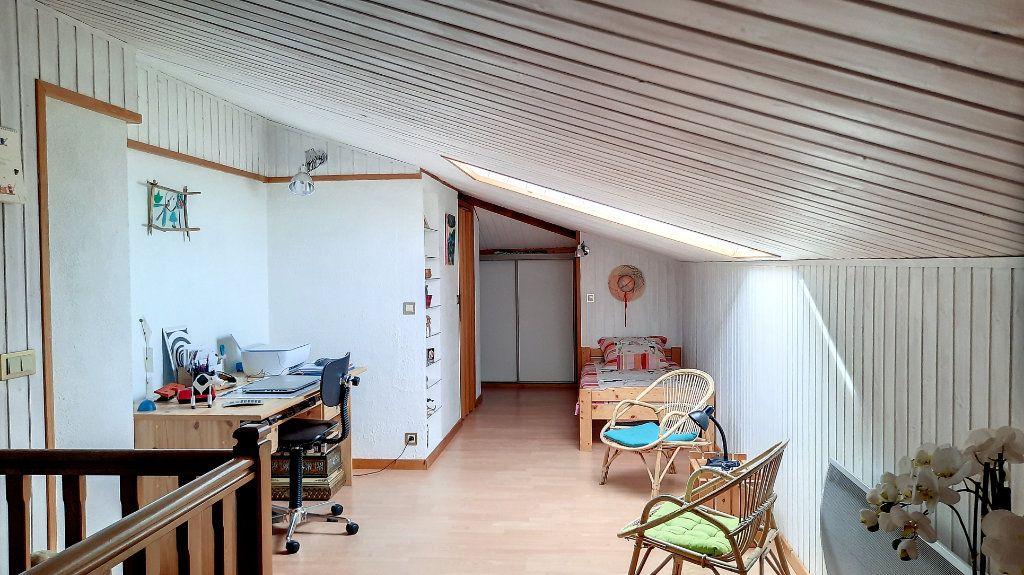 Appartement à vendre 4 93.29m2 à Thonon-les-Bains vignette-9