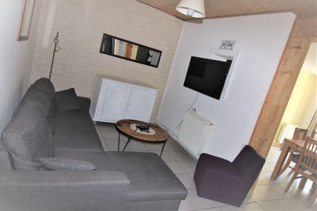 Maison à vendre 5 120m2 à Saint-Paul-en-Chablais vignette-5