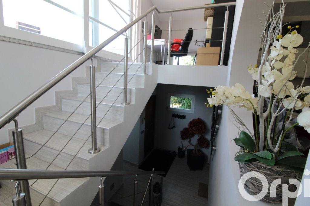 Maison à vendre 5 240m2 à Messery vignette-4