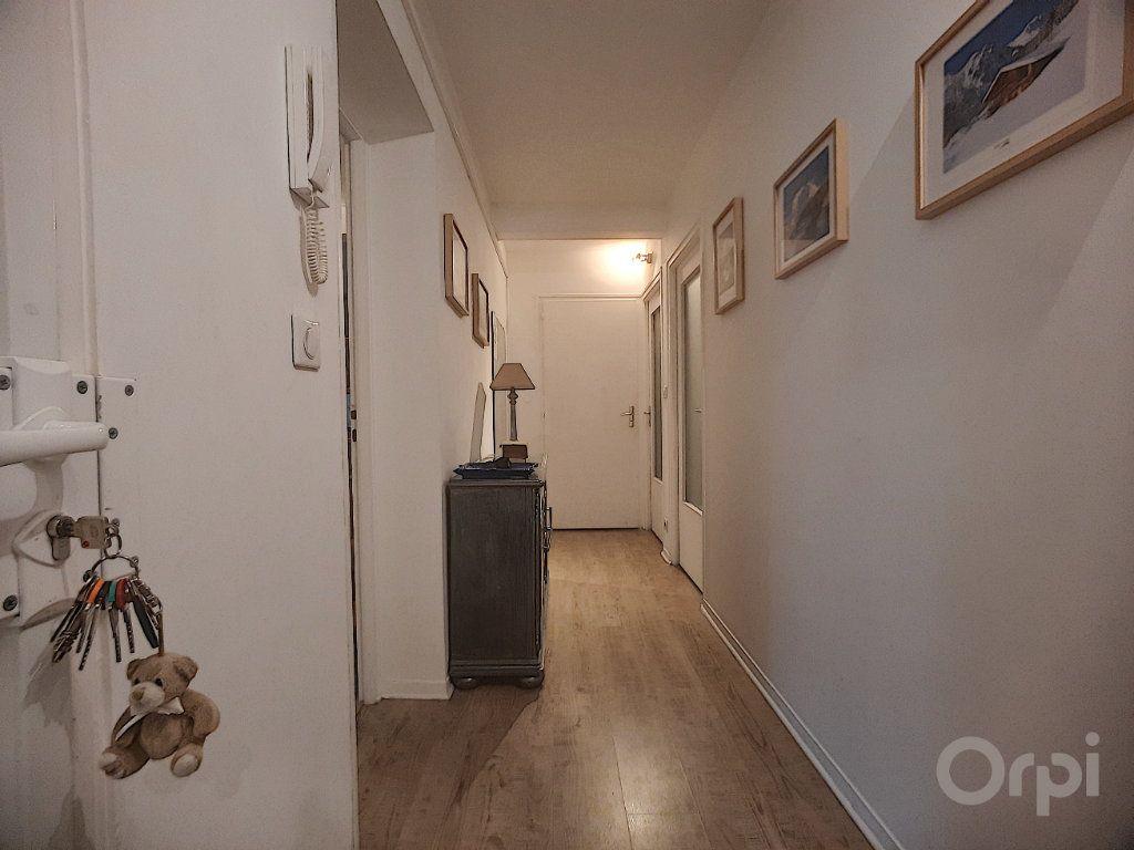 Appartement à vendre 3 87m2 à Thonon-les-Bains vignette-3