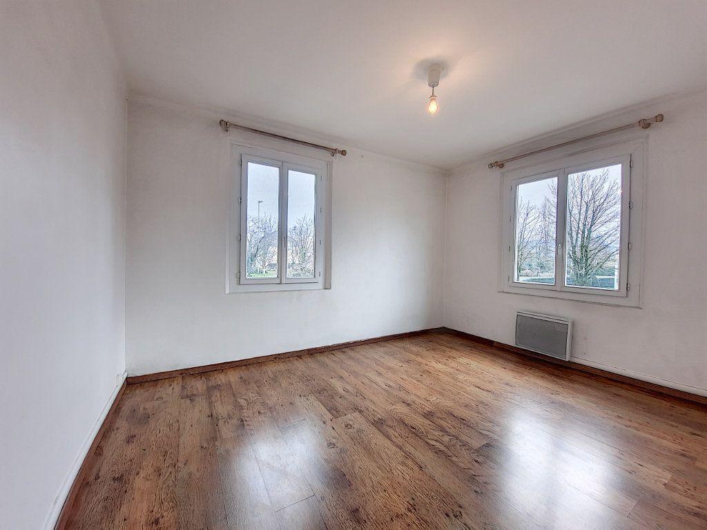 Appartement à vendre 3 63m2 à Thonon-les-Bains vignette-4