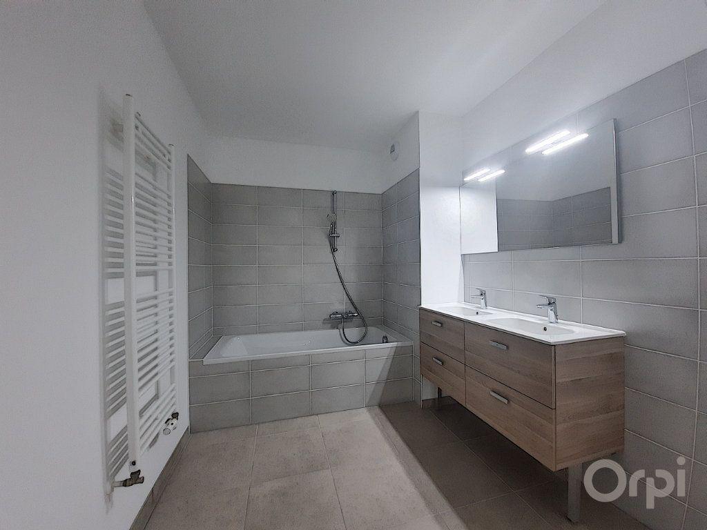 Appartement à vendre 4 81.21m2 à Anthy-sur-Léman vignette-3