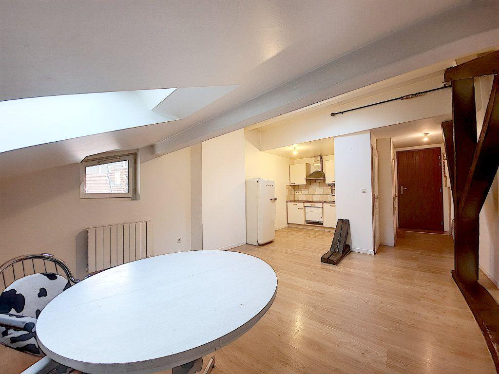 Appartement à vendre 2 28m2 à Thonon-les-Bains vignette-1