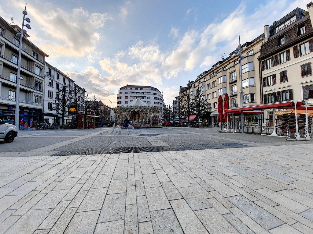 Appartement à vendre 2 28m2 à Thonon-les-Bains vignette-2