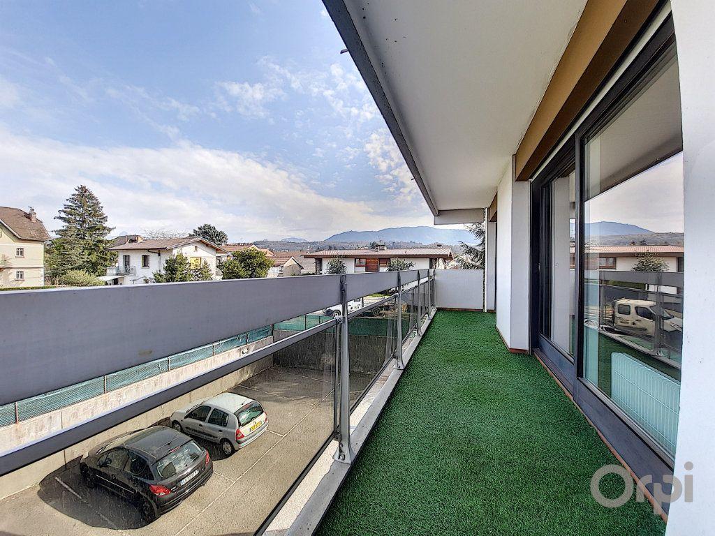 Appartement à vendre 3 70m2 à Thonon-les-Bains vignette-1
