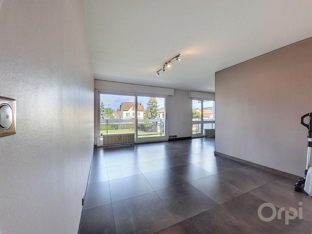 Appartement à vendre 3 70m2 à Thonon-les-Bains vignette-3