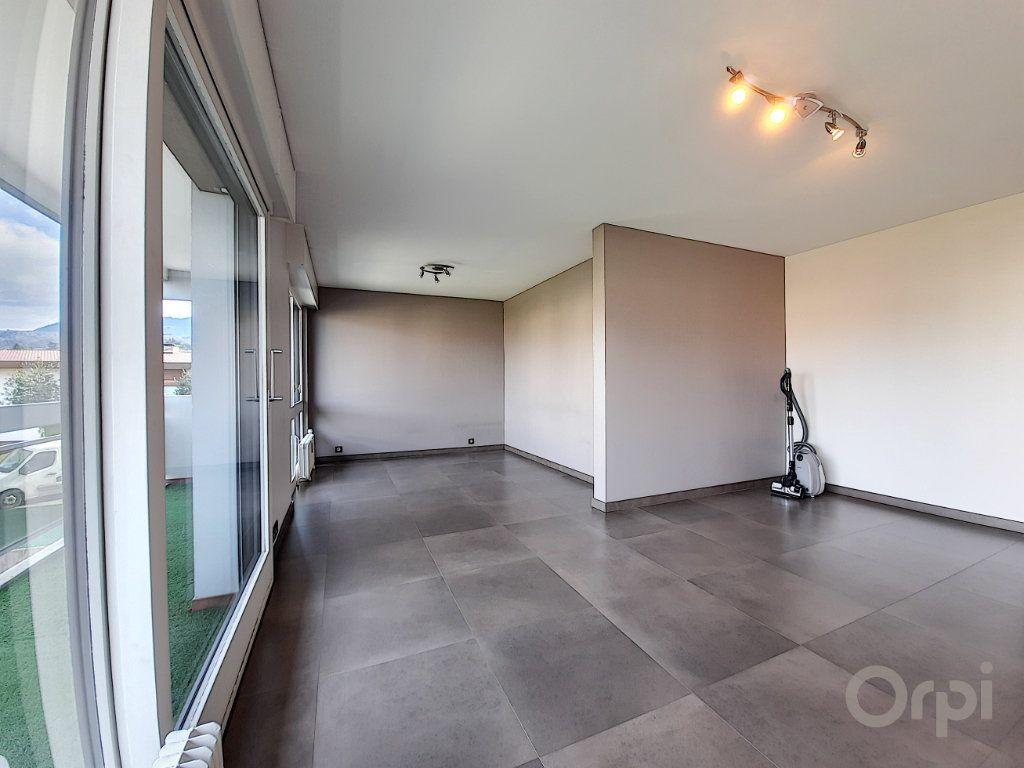 Appartement à vendre 3 70m2 à Thonon-les-Bains vignette-4
