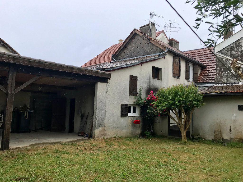 Maison à vendre 5 140m2 à Garlin vignette-1