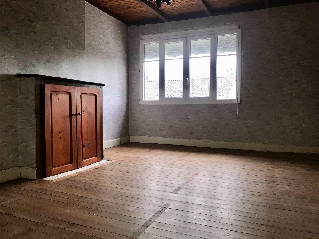 Maison à vendre 5 140m2 à Garlin vignette-4