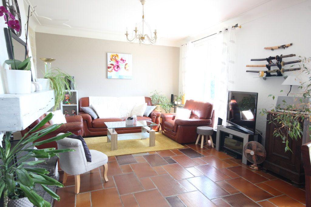 Maison à vendre 8 169m2 à Serres-Castet vignette-4