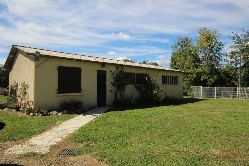 Maison à vendre 8 169m2 à Serres-Castet vignette-9