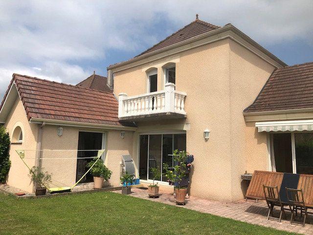Maison à vendre 6 115m2 à Serres-Castet vignette-1