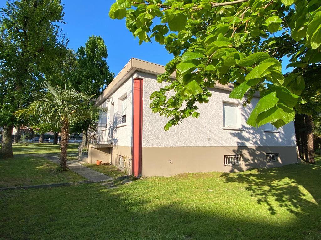 Appartement à vendre 3 75m2 à Pau vignette-8