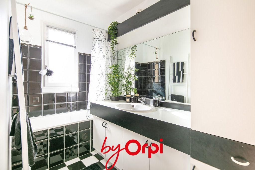 Appartement à vendre 4 81m2 à Villard-Bonnot vignette-9