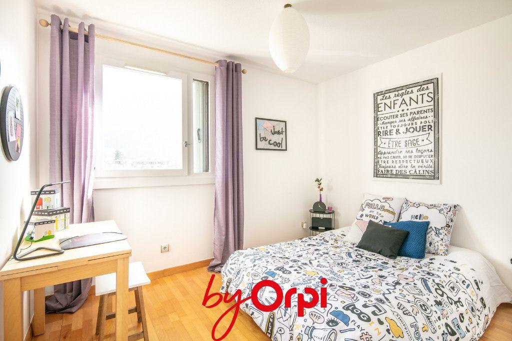 Appartement à vendre 4 81m2 à Villard-Bonnot vignette-12