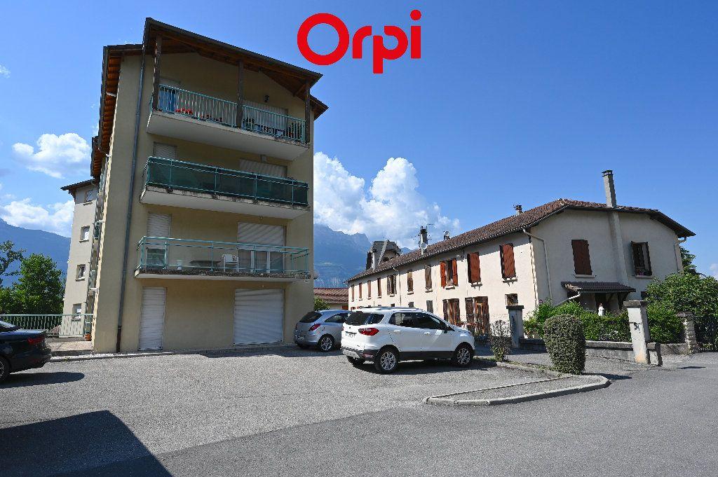 Appartement à vendre 3 65.87m2 à Villard-Bonnot vignette-11