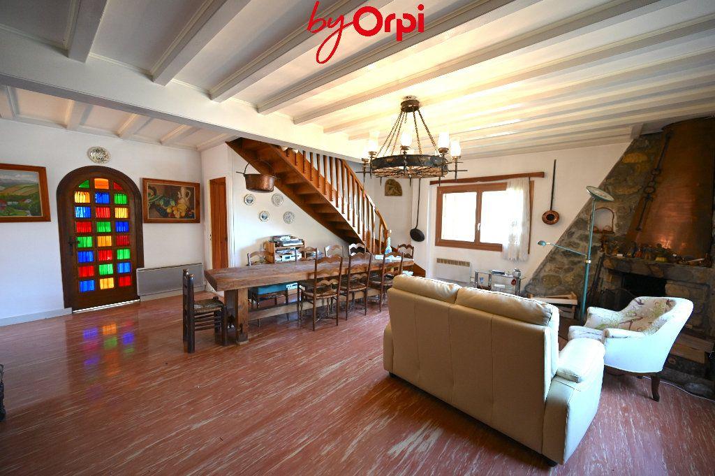 Maison à vendre 6 132.73m2 à Saint-Mury-Monteymond vignette-5