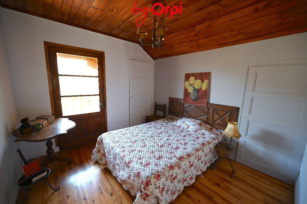 Maison à vendre 6 132.73m2 à Saint-Mury-Monteymond vignette-13