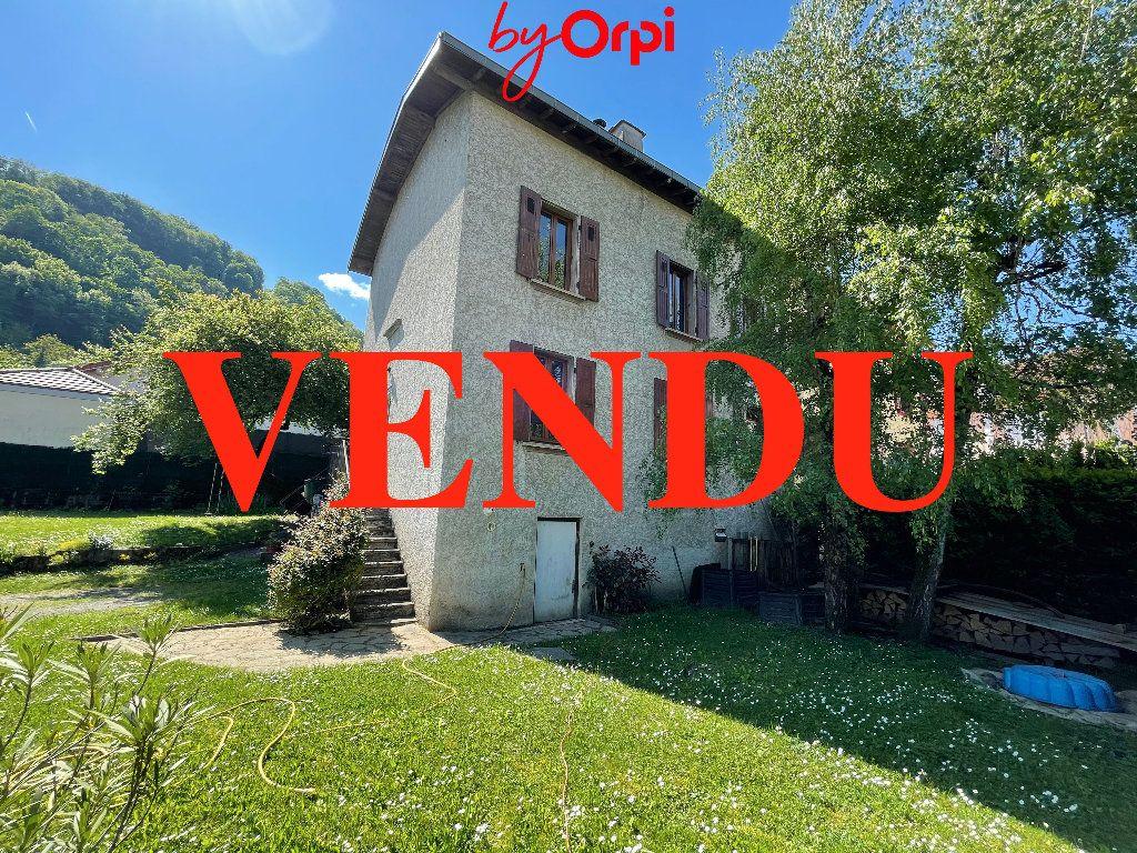 Maison à vendre 6 162.45m2 à Villard-Bonnot vignette-1