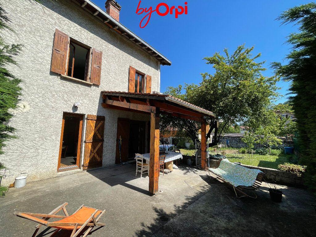 Maison à vendre 6 162.45m2 à Villard-Bonnot vignette-2