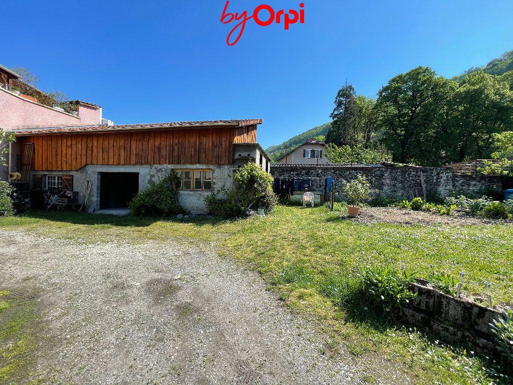 Maison à vendre 6 162.45m2 à Villard-Bonnot vignette-3