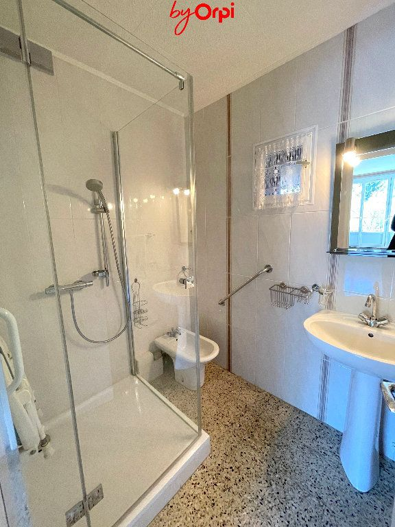Appartement à vendre 4 66.24m2 à Saint-Martin-d'Hères vignette-3