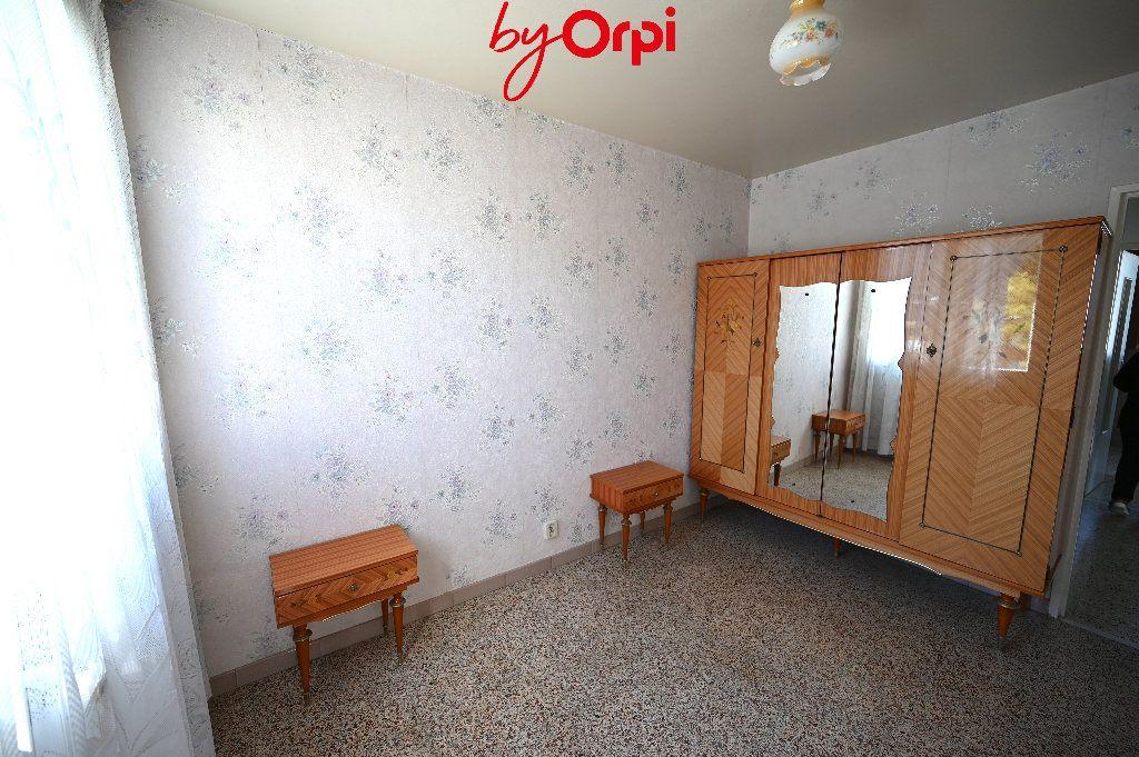 Appartement à vendre 4 66.24m2 à Saint-Martin-d'Hères vignette-7