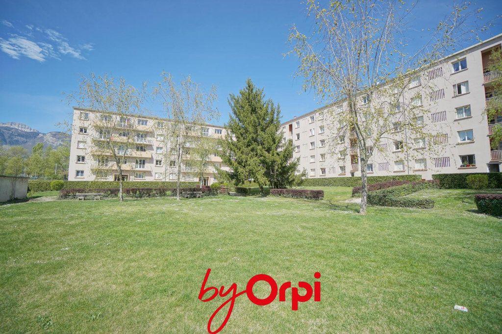 Appartement à vendre 3 57.61m2 à Villard-Bonnot vignette-3