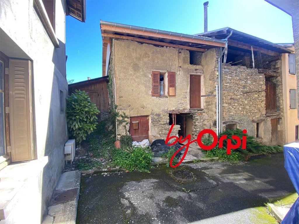Maison à vendre 3 110m2 à Saint-Pierre-d'Allevard vignette-3