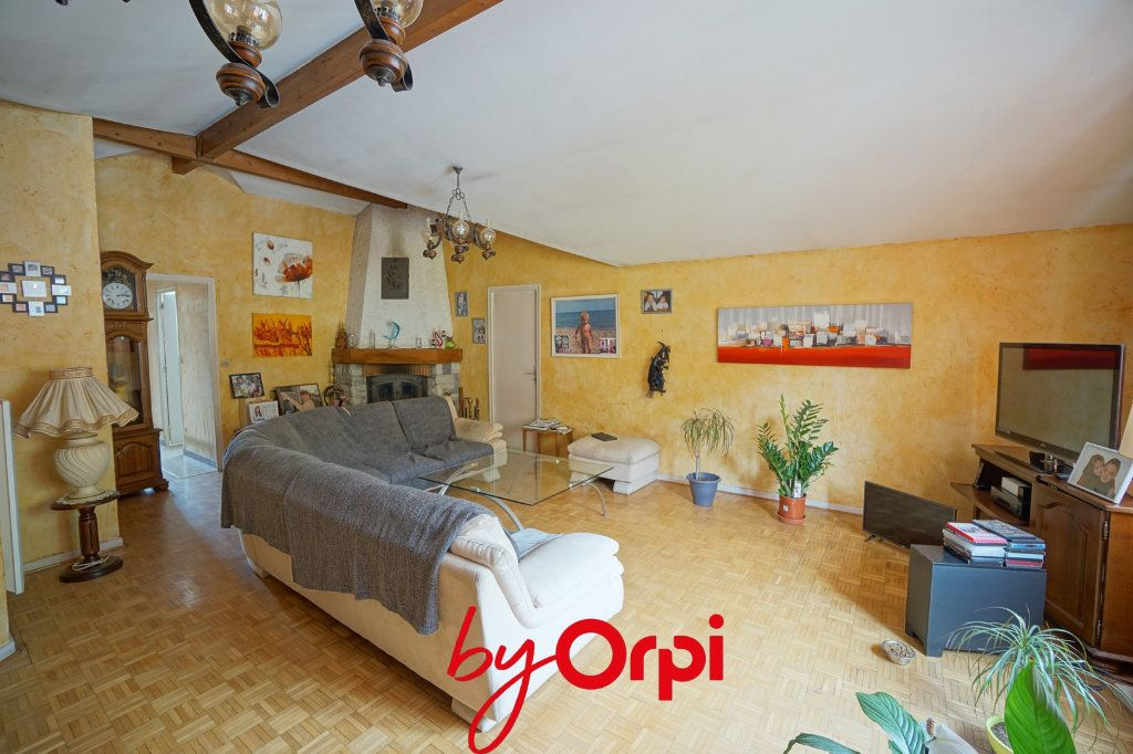 Appartement à vendre 3 135m2 à Villard-Bonnot vignette-2