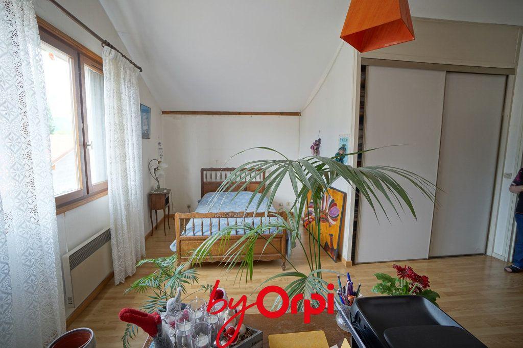 Appartement à vendre 3 135m2 à Villard-Bonnot vignette-5