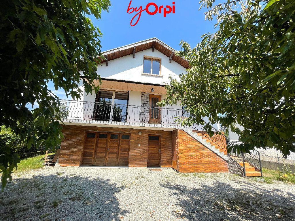 Maison à vendre 8 165m2 à Villard-Bonnot vignette-1