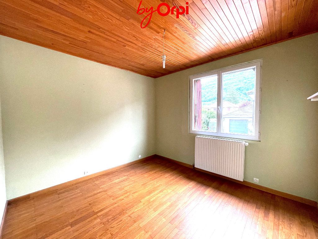 Maison à vendre 8 165m2 à Villard-Bonnot vignette-10