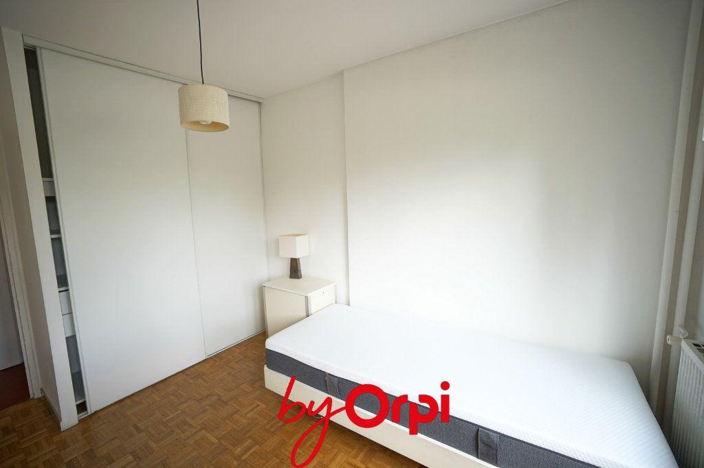 Appartement à louer 3 63.46m2 à Meylan vignette-9