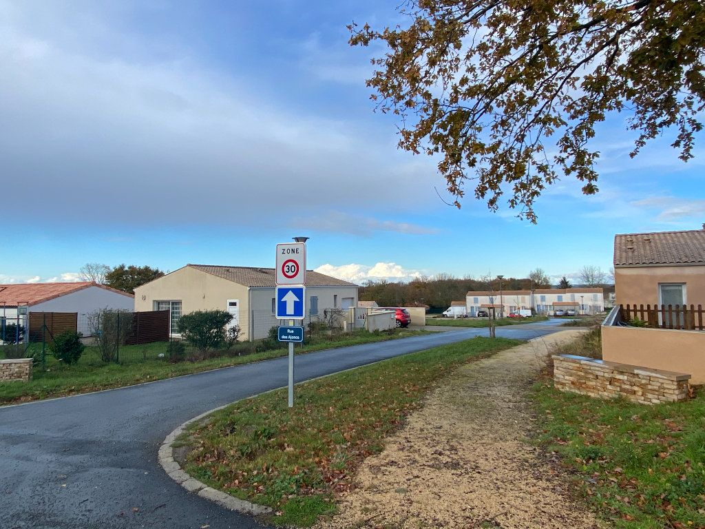 Terrain à vendre 0 608m2 à Moragne vignette-1