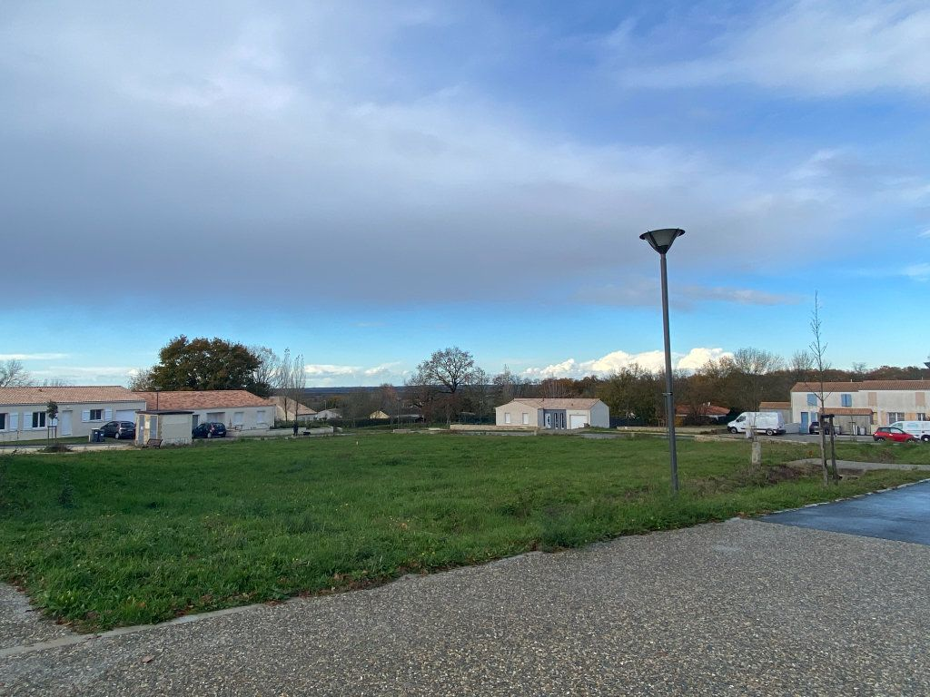 Terrain à vendre 0 615m2 à Moragne vignette-2