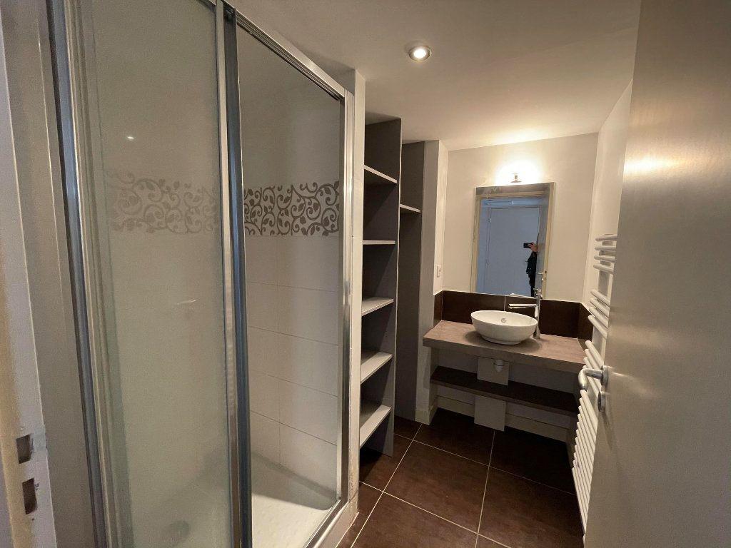 Appartement à vendre 3 66m2 à Rochefort vignette-4