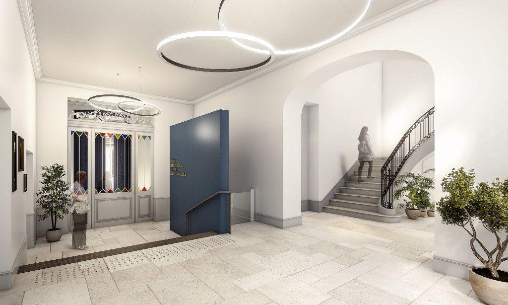 Appartement à vendre 5 135.8m2 à Rochefort vignette-2
