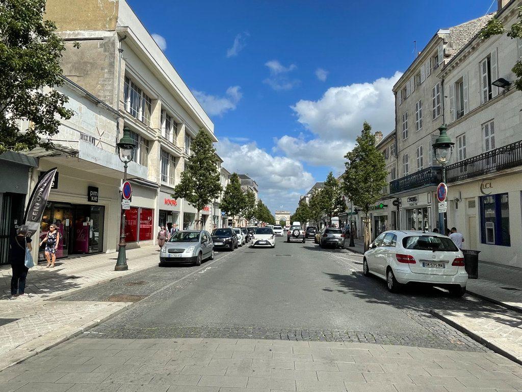 Appartement à vendre 3 63.25m2 à Rochefort vignette-7
