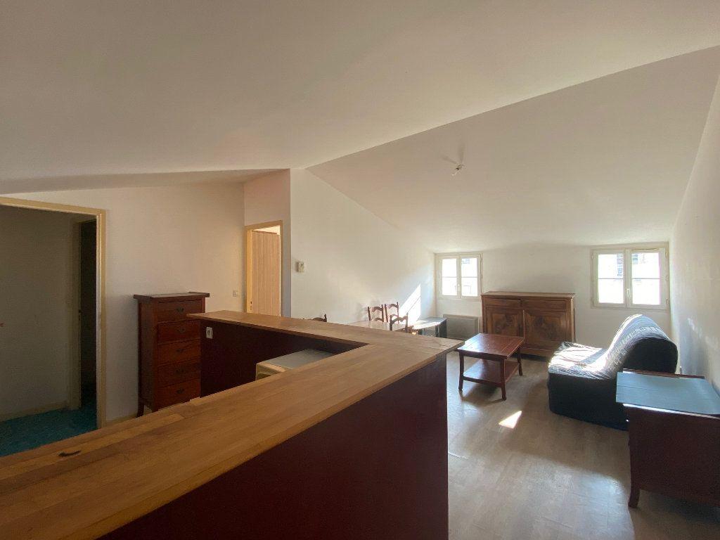 Immeuble à vendre 0 170m2 à Rochefort vignette-9