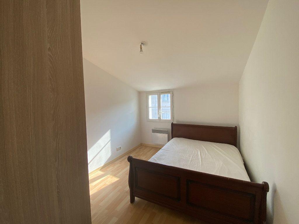 Immeuble à vendre 0 170m2 à Rochefort vignette-10
