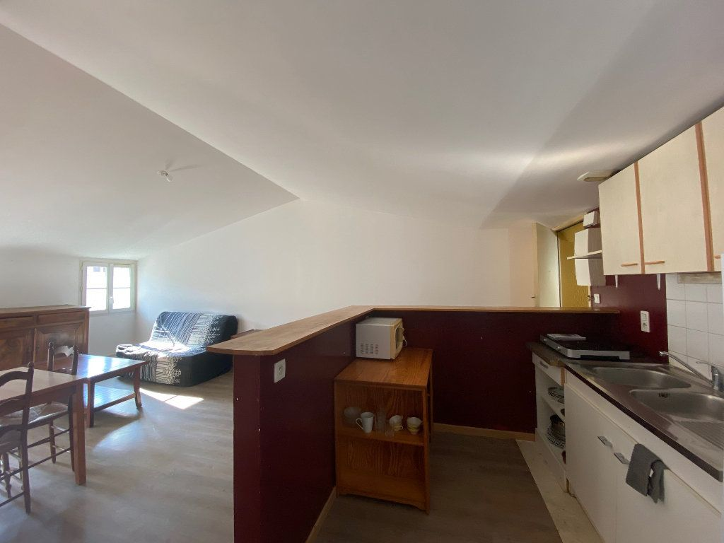 Immeuble à vendre 0 170m2 à Rochefort vignette-11