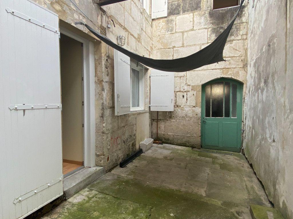 Immeuble à vendre 0 170m2 à Rochefort vignette-12